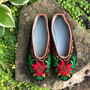 Vintage Felted Wool Leather Sole Folk Slippers